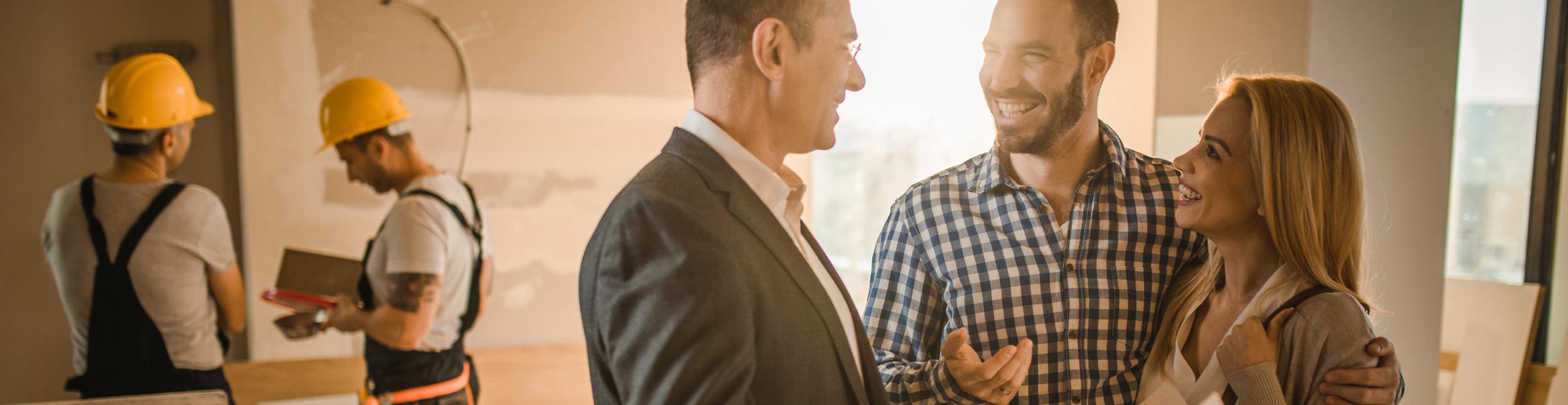 Berater der Firma Urs Metzger AG bei einem Gespräch mit Kunden.